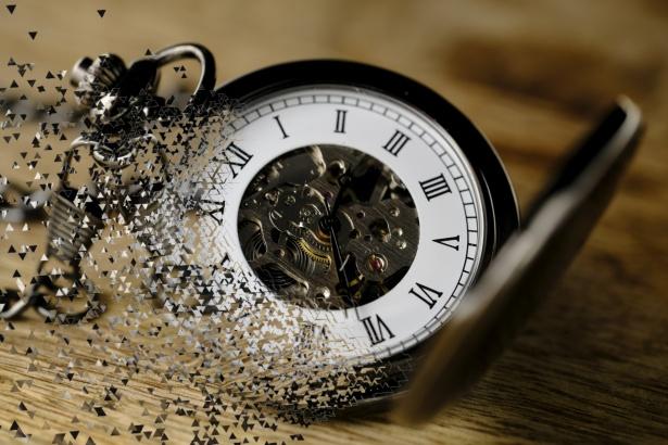 風化する時計
